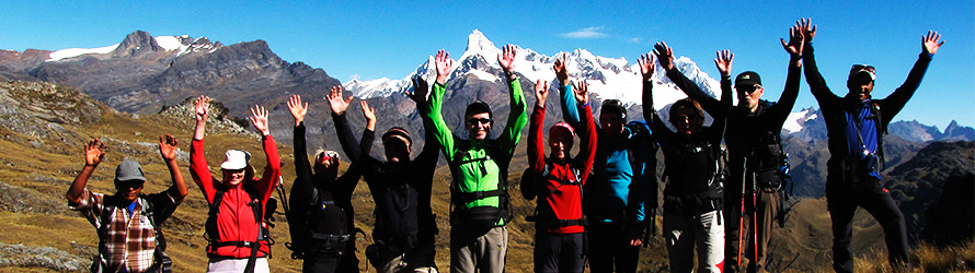 Photo ©: Eric Albino - Trekking Cedros Alpamayo and Huascaran group Das BergSpechte - Austria