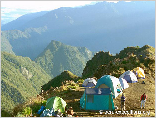 Peru: Trekking Salkantay to Machu Picchu, the highest pass (4600 m)