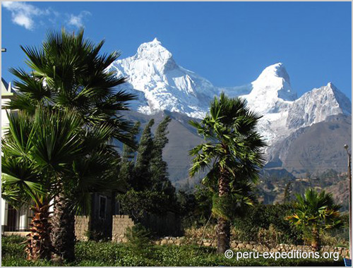 Peru: Trekking Santa Cruz and challenge the highest pass in the circuit Punta Union (4750 m)